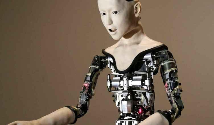 Alter le robot humanoïde
