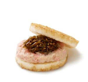 モスライスバーガー鮭昆布、これはおにぎりという食い物では…?