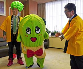 ふなっしー人気に便乗?生き別れの妹「きゃべっしー」を千葉県銚子市が製作