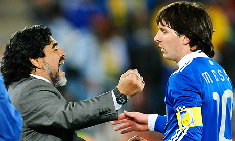 Messi-Maradona-006.jpg