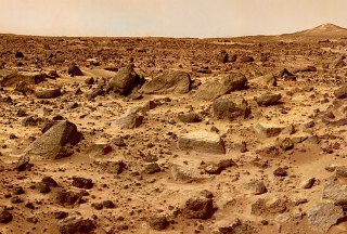 【宇宙】火星表面でプラスチックのかけら発見!!文明の痕跡キタ━━━━━━(゚∀゚)━━━━━━!!!!