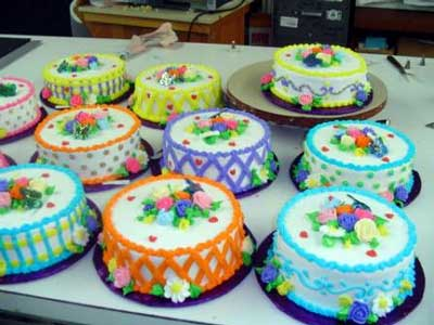Cake Decorating Easy Cake Decorating Easy cake decorating ideas for     Easy Cake Decorating