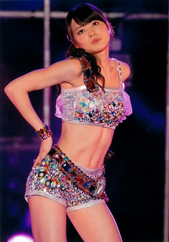 【℃-ute】なぜ矢島舞美は美人なのに色気がないのか