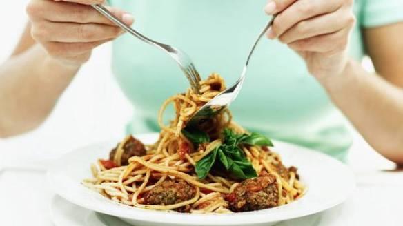 ランチ会でスパゲティをオーダーしたひと全員スプーン使ってましたね