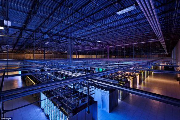 【画像あり】 Googleがデータセンターを初公開!これがインターネットの内側だ