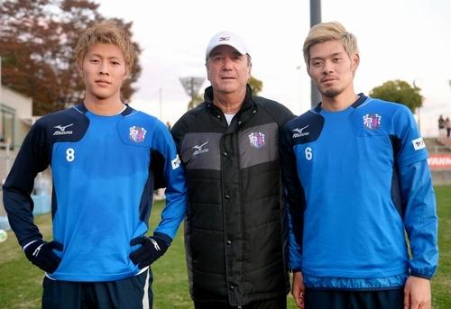 恩師クルピが香川に移籍の勧め「できるだけ早くマンUから離れるべき。時間を無駄にするな」