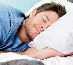 【睡眠】1日8時間以上寝る奴って病気だろwwwwwwww