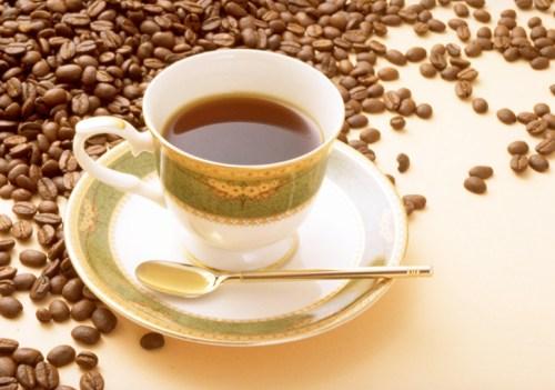 コーヒーにブランデーちょこっと入れると美味しいよね