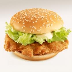 マクドナルドの「チキンフィレオ」がモモ肉→ムネ肉に変更