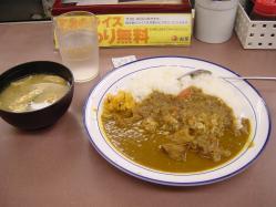松屋さんカレーに味噌汁は勘弁して下さい
