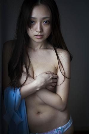 【画像】安達祐実(31)のセミヌードwwwwwww