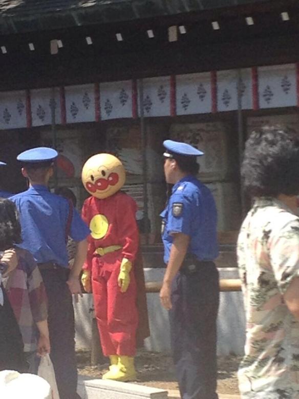 【画像】靖国神社にアンパンマン出現wwwwwwwwww