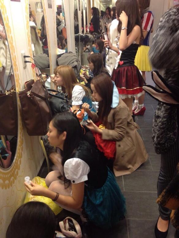 【画像】渋谷109でハロウィン…化け物大杉てワロタwwwwwwww