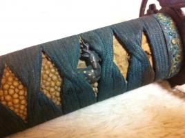 【画像あり】ばあちゃん家の納屋で日本刀見つけたwwwwwwwwwwwwww