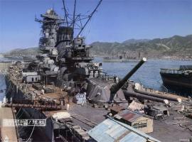 戦艦大和と現代のイージス艦が戦ったらどっちが勝つの?