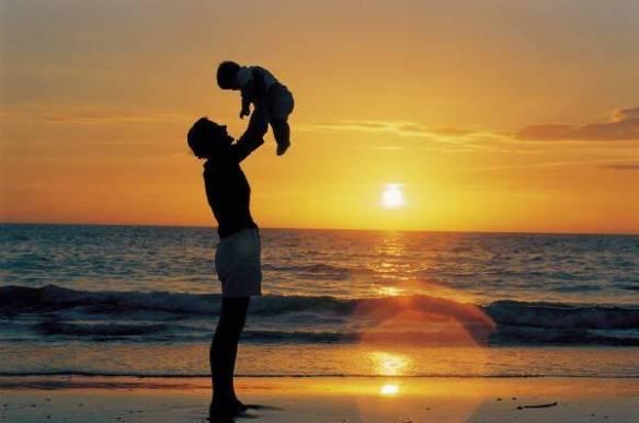いつも俺の息子は~ってウルサイ奴だったんですよ。 それが自慢話ばかりでね、いつも話半分に聞いてたんだけど・・