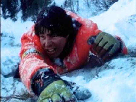 スキー未経験の私が転倒して身動きとれない状態に。そして誰もいなくなった