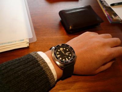 女「腕時計をしてない男を見ると『ダメ人間かな?』って思うwww」←正論