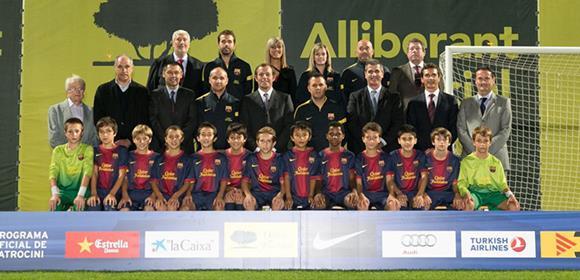 team_pic01_20130806173807ebe.jpg