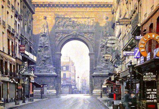 フランス・パリ「街の一角の100年前と現在」 … 1900年と2000年、同じ場所を撮影した比較画像が話題に