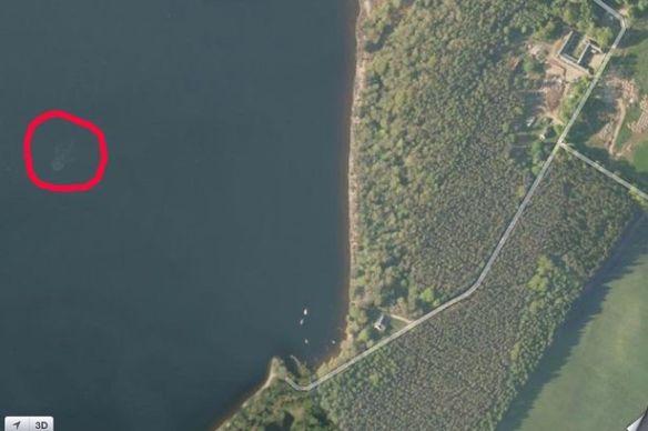 ネス湖のネッシーを発見?