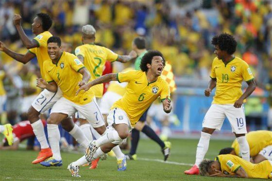 【W杯決勝T1回戦】ブラジルがチリにPK戦でからくも勝利、8強進出を決める(動画)