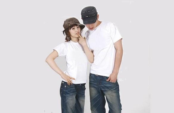 白いTシャツを着ると若く見えることを発見した