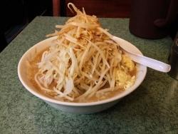 ラーメン二郎で「麺なし」を注文してみた結果