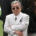 【競馬】 近藤利一オーナー、イルーシヴウェーヴの17を5億8000万円で落札!