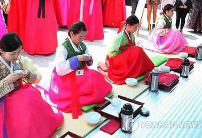 韓国で「茶道」を世界文化遺産に申請しようとする動き → 中国ネットユーザーから反発 「他国の文化ばかり気にするのはよくない。自分の文化を高めるべきだ」「美容整形をなぜ申請しない?」
