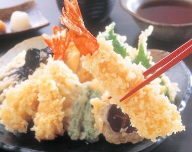 安倍総理、大雪初日の2月14日時点で災害対策を施す → やる事やってから天ぷら …  バカ 「天ぷら!天ぷら!」
