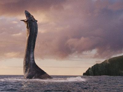 """二人のネッシーハンター、""""ネス湖のネッシー""""らしき巨大な生物が衛星写真に写っているのを見つける (画像)"""