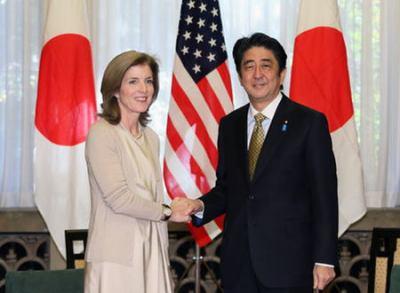 青山繁晴氏 「ケネディ大使がオバマを説得し、安倍は極右という誤解を解いた」 … ニッポン放送『ザ・ボイス』より