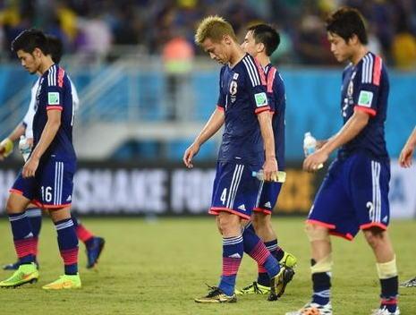 サッカーW杯 日本、コロンビアに1-4で敗れ予選リーグ敗退 … C組からはコロンビアとギリシアが決勝リーグ進出