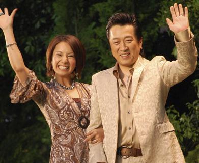 三船美佳(32)と高橋ジョージ(56)、16歳と40歳の結婚から16年余りで離婚 …すでに離婚調停は決裂、美佳が離婚を求めて提訴。最近は2人揃った出演が見られなくなっていた