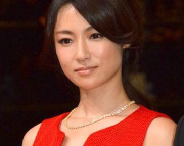 女優・深田恭子(32) 現在は太ましい時期 (画像) … 太ったり痩せたりを繰り返すそのワケとは