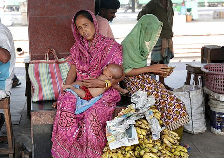 【驚愕】インド各地で最高気温45度超wwwwwwwwww 1週間以上続く熱波で死者430人以上・・・