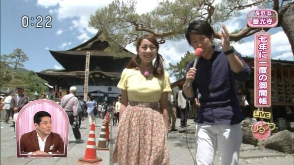 【画像あり】NHKに出てる鈴木あきえって女の子のオッパイでかすぎwwwwwwwwwwwwww