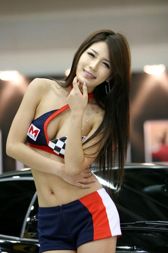 【画像あり】韓国の女の体つきエッロすぎワロタwwwwwwwwwwwwwww