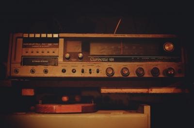 家の倉庫整理してたら古いステレオ装置がでてきた!PCに繋ぎたい。オーディオ詳しい人助けてくれ!!
