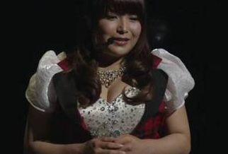 【画像】声優・新田恵海さんのお●ぱいが成長しすぎててヤバイwwwwww