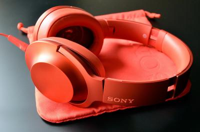 """ソニーの""""本気""""を感じる秀逸デザインのハイレゾ対応ヘッドフォン『h.ear on』"""
