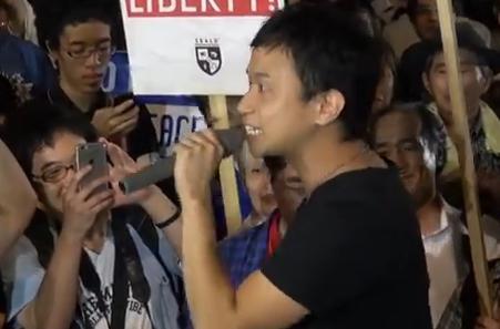 福岡からSEALDsの集会に来た後藤宏基さん「戦争を起こして何になりますか!抑止力に武力なんて必要ない!僕自身が韓国人や中国人と話して遊んで酒を飲み交わし、抑止力になってやります」