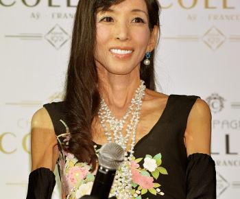 川島なお美(54)「激痩せとか言われてる場合じゃない」、肝内胆管がんの手術から復帰、体重30kg台くらいまで激ヤセする(画像)