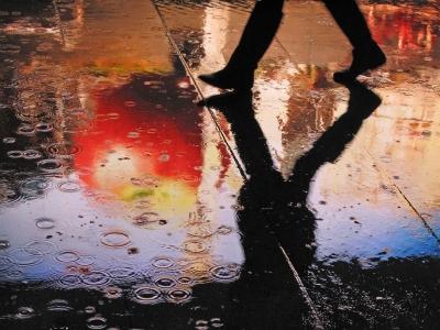 雨でイヤホンって使っていて良い物だろうか?神経質過ぎるか