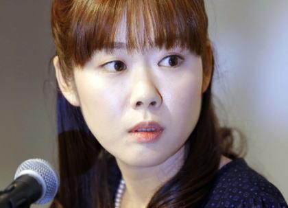 小保方氏の博士号を取り消した早稲田大学、小保方氏の抗議に対して反論(全文) …「前後の文脈を無視した引用での難癖だったり、幾つか反論しますけど裁判等で争う事は考えていませんよ」