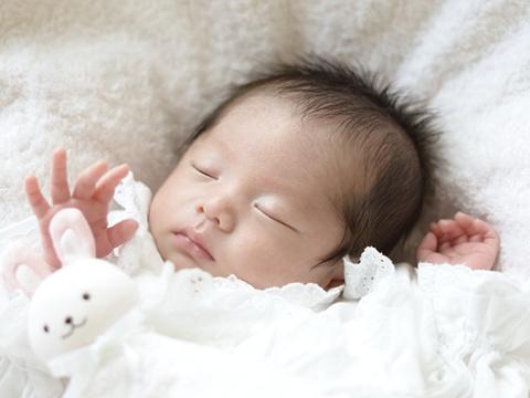 2015年に生まれた日本人の赤ちゃん、5年ぶりに増加 … 100万8000人で前年より4000人増加、30代女性の出産が全体の出生数を押し上げる