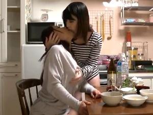 (セックスムービー) 隣家レズビアンビアン☆☆真性レズビアンビアンビアンに感化されたノンケ女がdeep世界へ☆