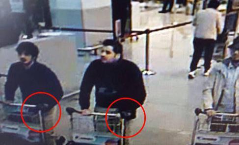 死者34人・230人以上が負傷したベルギーの連続爆破テロ、IS系が犯行声明 … ベルギー当局は容疑者とされる3人が映った空港の監視カメラの映像を公開、犯行に関係した人物が逃亡中の恐れ