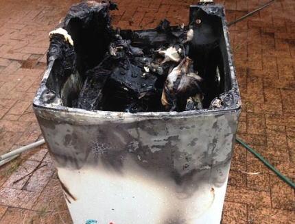 サムスンの洗濯機が爆発し(画像)、オーストラリアの消費者が震える「その危険性を消費者に公開せよ」 … 2012年11月以降で合計92世帯の洗濯機が爆発→ リコール後も爆発